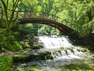 /pressthumbs/Bridge_on_Vrelo_Bosne.jpg